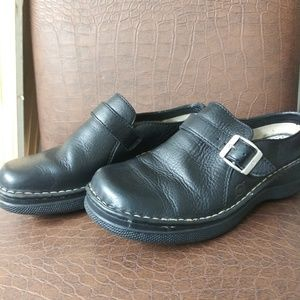 Born Shoes size 8